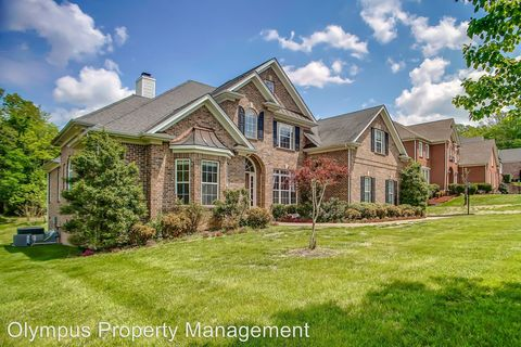 Photo of 2012 Valley Brook Dr, Brentwood, TN 37027