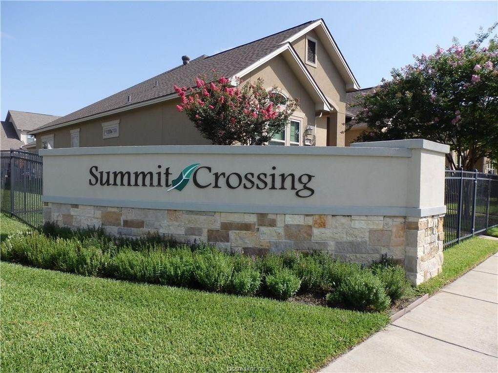 1743-1749 Summit Crossing Ln College Station, TX 77845