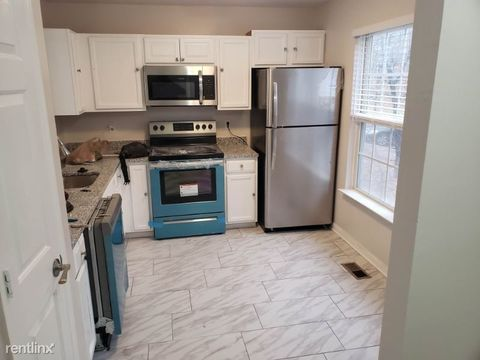 Photo of 6922 Diamond Ct, District Heights, MD 20747