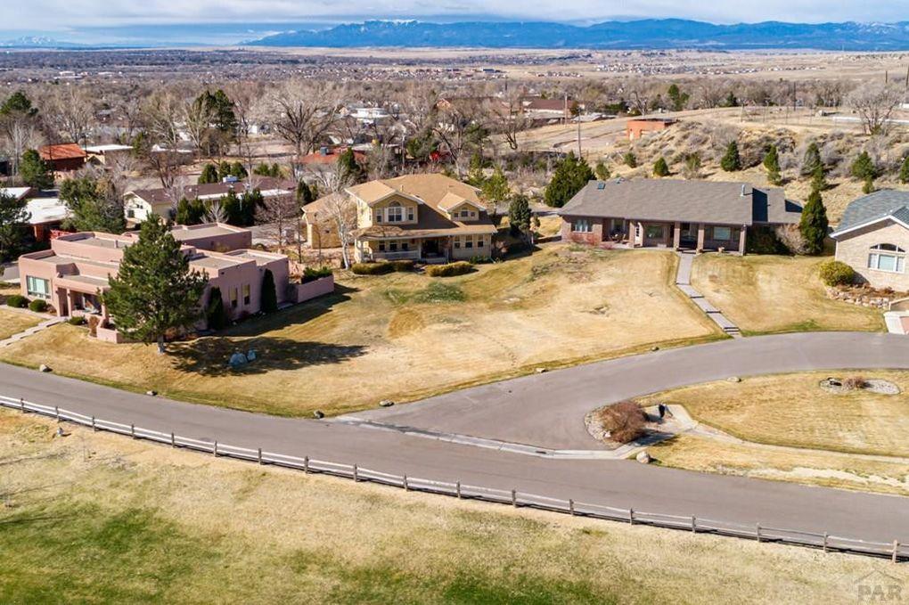 33 Eleventh Fairway Dr Pueblo Co 81008 Realtor Com