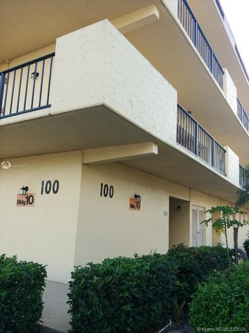 Photo of 100 Berkley Rd Apt 204, Hollywood, FL 33024