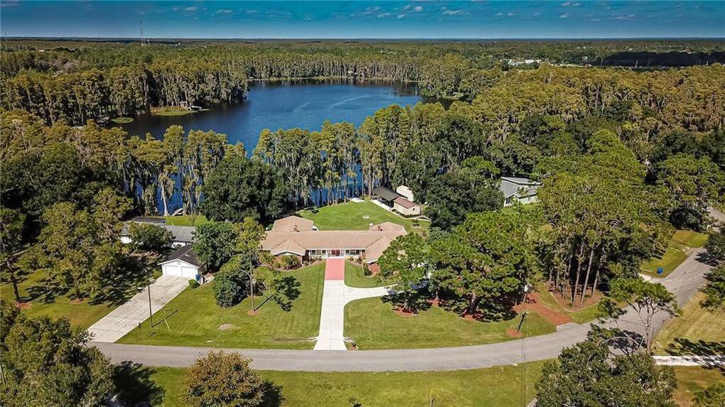 6245 Discovery Ln Land O Lakes, FL 34638
