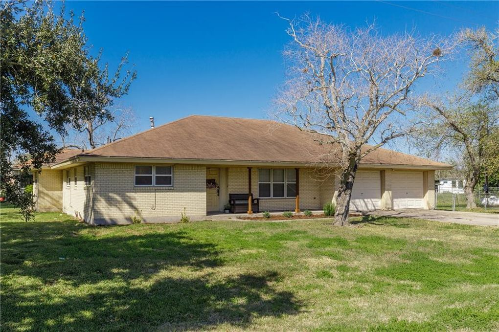 10509 County Road 2349 Sinton Tx 78387 Realtor Com