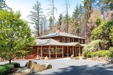 375 Conifer Ln, Santa Cruz, CA 95060