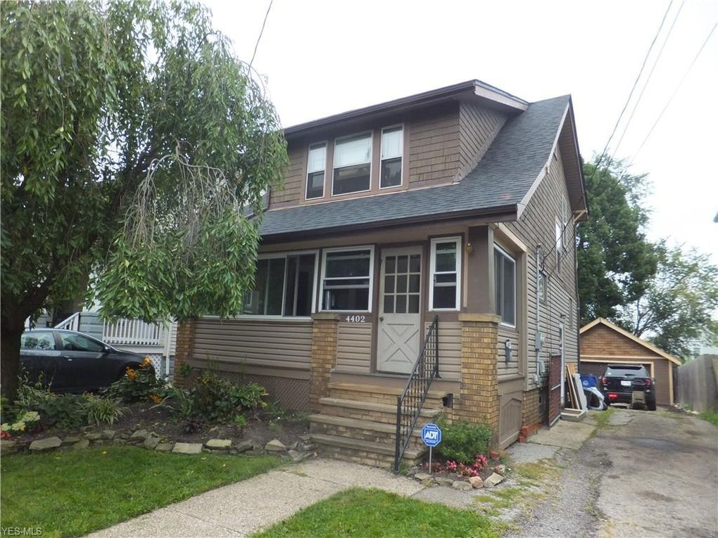 4402 Behrwald Ave Cleveland, OH 44109