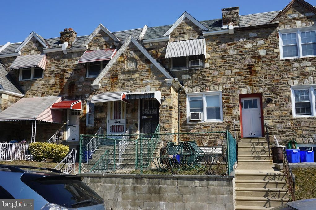 4437 Princeton Ave Philadelphia, PA 19135