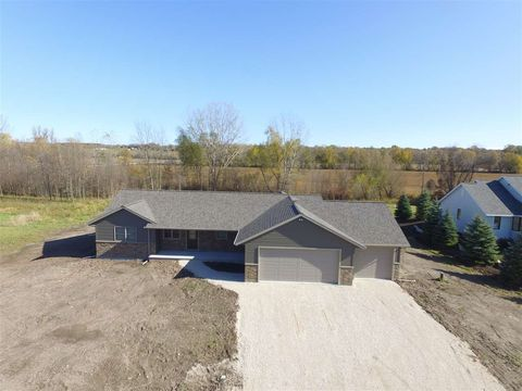 Photo of N8267 Ashberry Ave, Fond du Lac, WI 54937