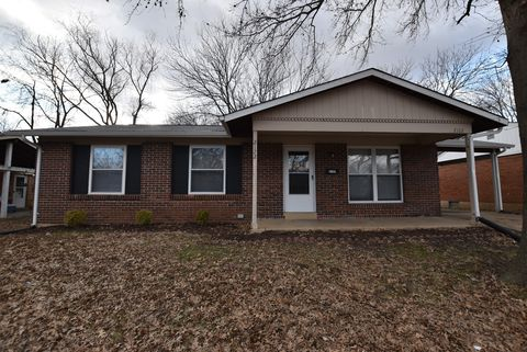 Photo of 2122 Central Pkwy, Florissant, MO 63031