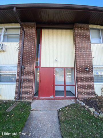 Photo of 7445 Hazelcrest Dr Apt E, Hazelwood, MO 63042