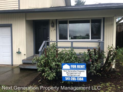 Photo of 115 S 71st St, Springfield, OR 97478