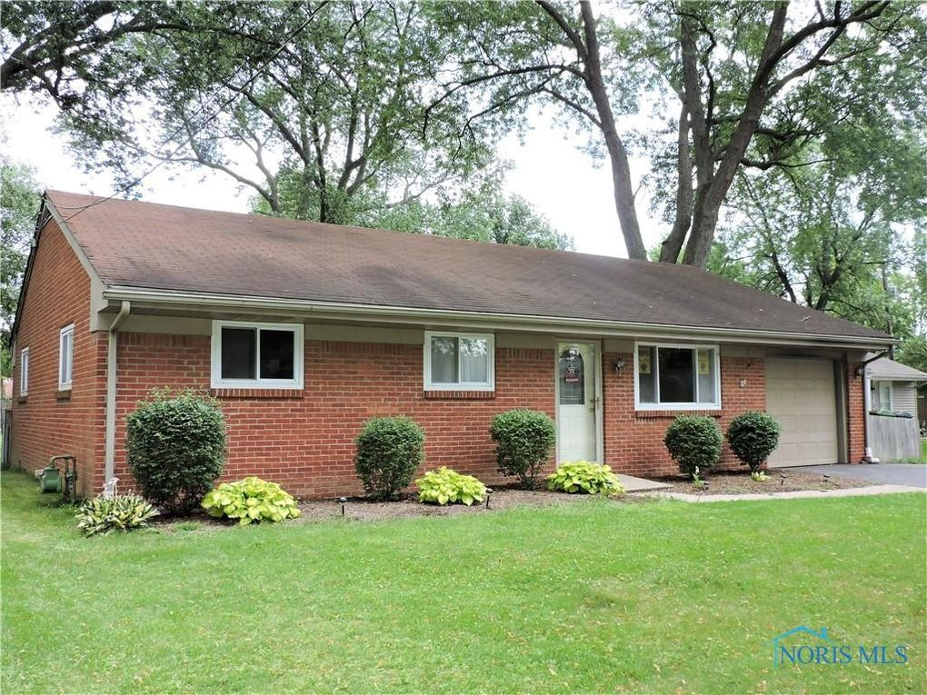 4437 Beck Dr Maumee, OH 43537