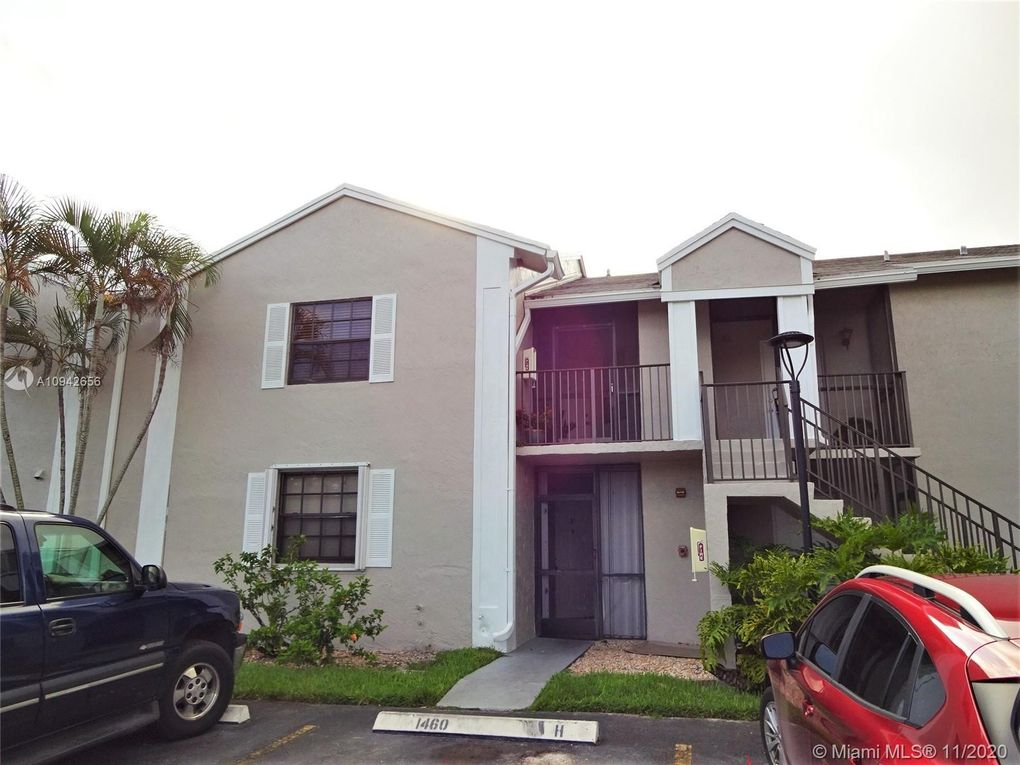 1460 Jefferson Dr Unit 1460E Homestead, FL 33034