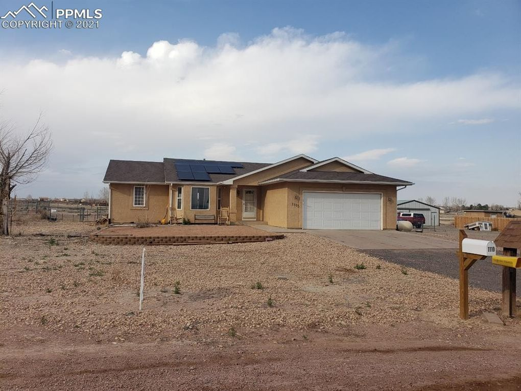 1115 W Mescalero Dr Pueblo West, CO 81007