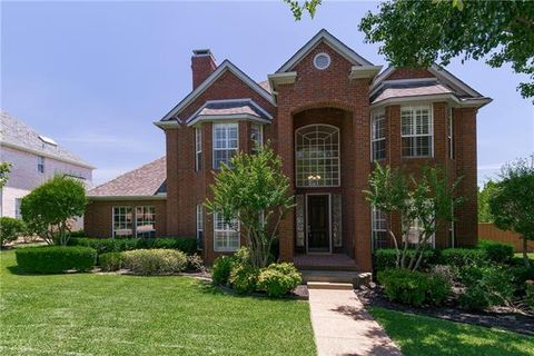 Photo of 2208 Clearspring Dr S, Irving, TX 75063