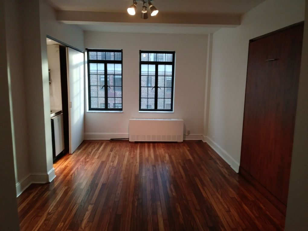 25 Tudor City Pl Apt 1821, New York, NY 10017