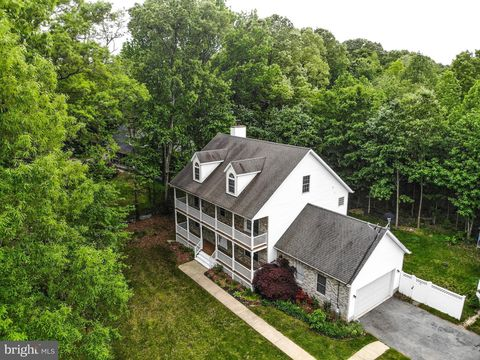 811 Four Fates Way, West River, MD 20778