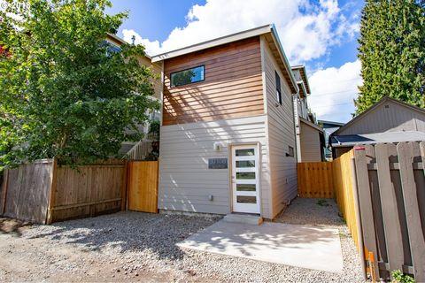 3710 N Albina Ave Unit B, Portland, OR 97227