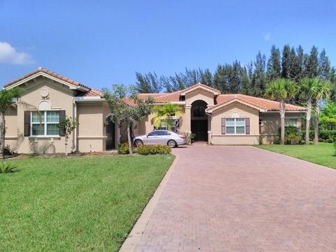 7630 Maywood Crest Dr, West Palm Beach, FL 33412