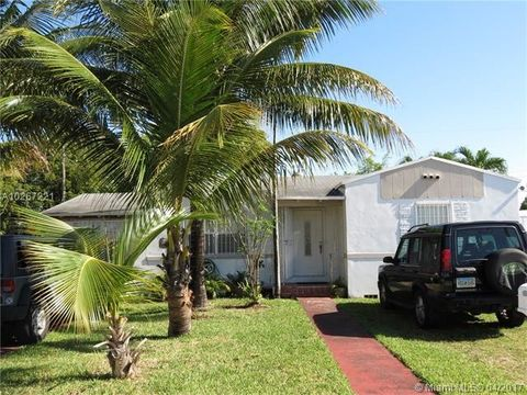 Kinloch Park Elementary School in Miami, FL - realtor.com®