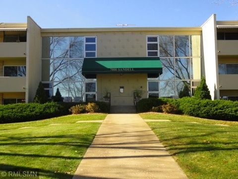 Bloomington Mn Condos Townhomes For Rent Realtorcom
