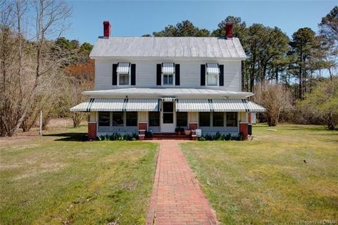 Photo of 7343 New Point Comfort Hwy, New Point, VA 23125