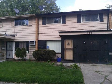 13711 S Wallace St, Riverdale, IL 60827