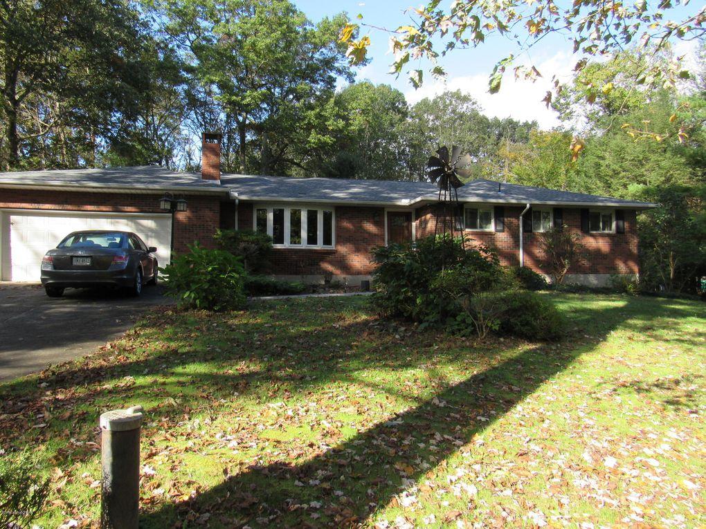 627 Blue Ridge Rd, Saylorsburg, PA 18353