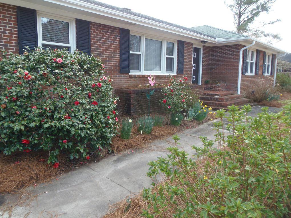 213 Carolina Pines Blvd New Bern, NC 28560
