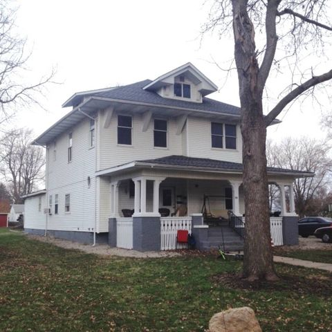 Photo of 524 N Mason St, Mason City, IL 62664