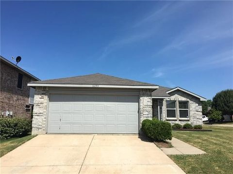 16153 Shawnee Trl, Fort Worth, TX 76247