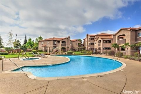 Roseville ca houses for sale with swimming pool realtor - Johnson swimming pool roseville ca ...