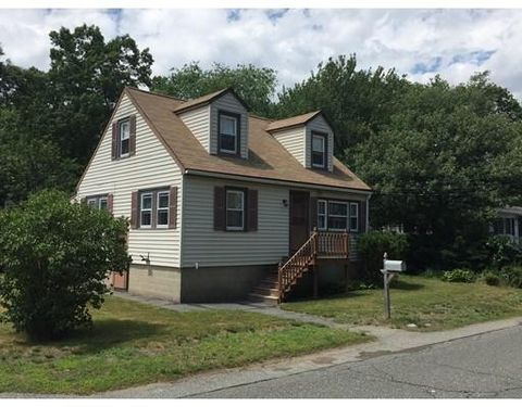20 King St, Wilmington, MA 01887