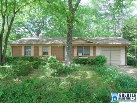 6200 Cedar Ct, Anniston, AL 36206