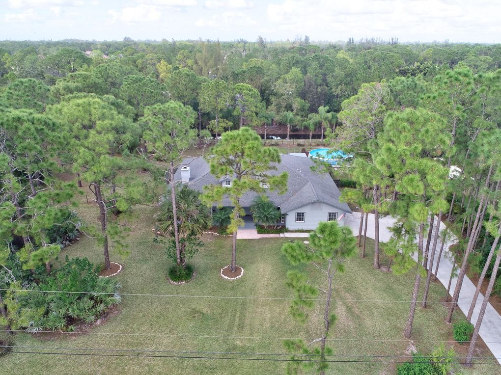 17709 42nd Rd N, The Acreage, FL 33470
