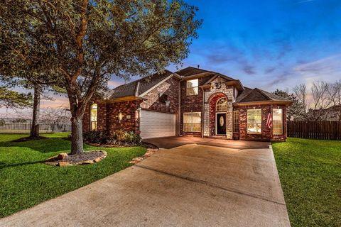 16611 Keystone Fairway Ct, Houston, TX 77095