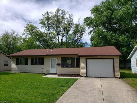 542 Stanford Ave, Elyria, OH 44035