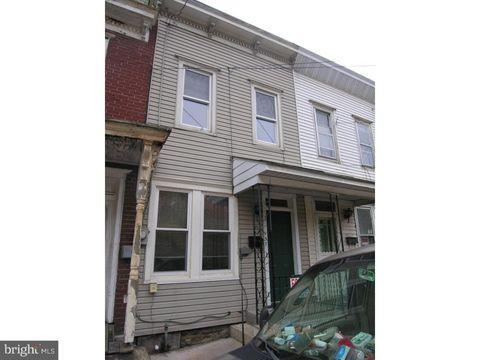157 Valley St, New Philadelphia, PA 17959
