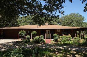 2405 Wild Oaks Ave Joshua TX 76058