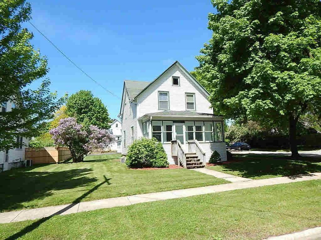 627 Robert St Fort Atkinson, WI 53538