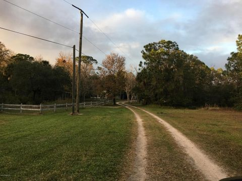 4340 Country Rd, Melbourne, FL 32934