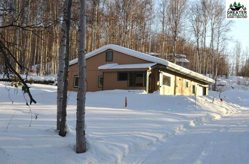 295 Fair Pl, Fairbanks, AK 99712