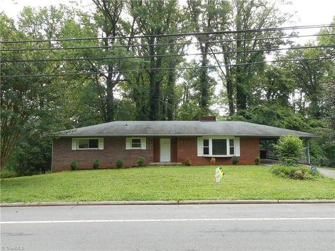 Photo of 25 Hillside Dr, Lexington, NC 27295