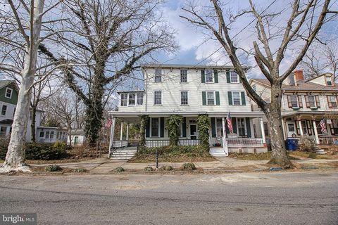 Photo of 121 Union St, Mount Holly, NJ 08060