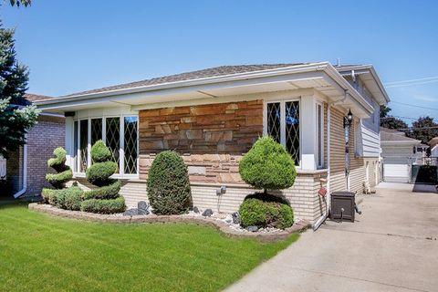 8320 W Maple Ave, Norridge, IL 60706