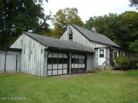 Photo of 9 Morgans Ln, Comstock, NY 12821