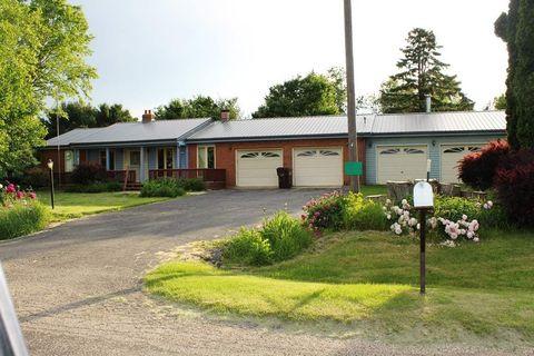 3113 S Weldon Rd, Rockford, IL 61102