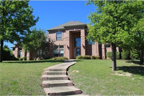 Photo of 2781 S Lakeview Dr, Cedar Hill, TX 75104