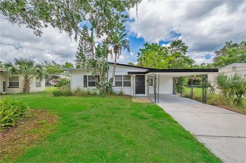 Photo of 1319 W Orchid Ave N, Winter Park, FL 32789