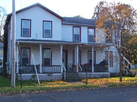 Photo of 215 10th St, Watkins Glen, NY 14891