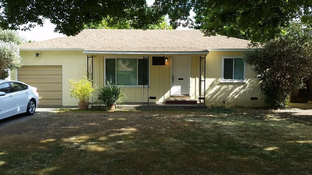 86 W Churchill St Stockton, CA 95204